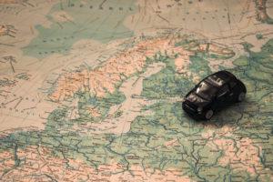 enfant voyage voiture imagination